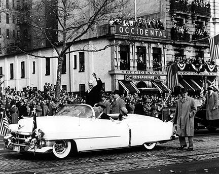January 20, 1953 - Dwight D. Eisenhower and MDE wave to crowds during the Inaugural Parade