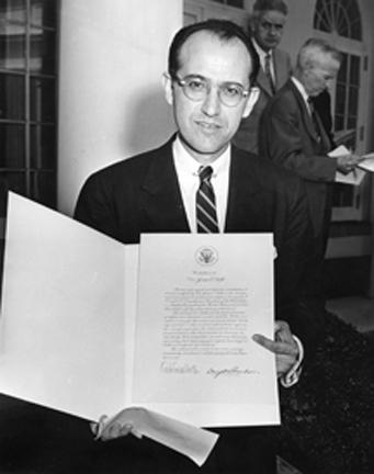 April 22, 1955 - Dr. Jonas Salk, discoverer of the polio vaccine