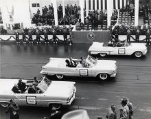 Jaunuary 21, 1957 - Members of the Eisenhower Cabinet arrive at the inaugural parade reviewing stand [72-2063-60]